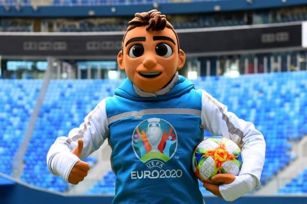 Skillzy heißt das offizielle Maskottchen der EURO 2020 - Auch mit diesem darf nicht geworben werden! OLGA MALTSEVA / AFP